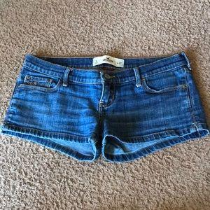Hollister size 5 jean shorts